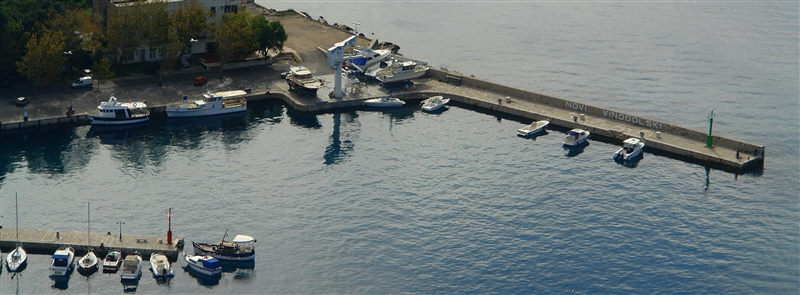 Yachtservice im Hafen